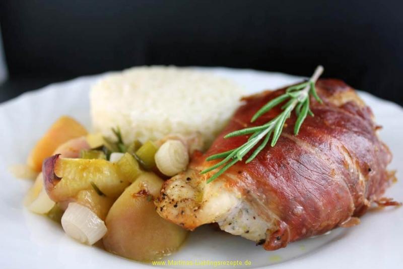 Hähnchenfilets mit Parmaschinken, Rosmarin und Pfirsich