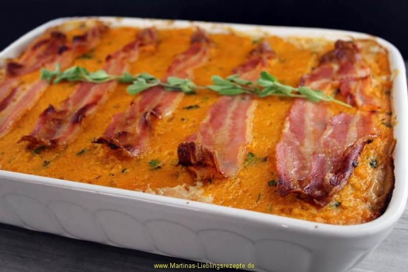 Sauerkrautauflauf mit Süßkartoffeln, Birnen und Bacon
