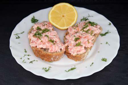 Foto zum Rezept: Katerfrühstück mit Lachs auf www.martinas-lieblingsrezepte.de