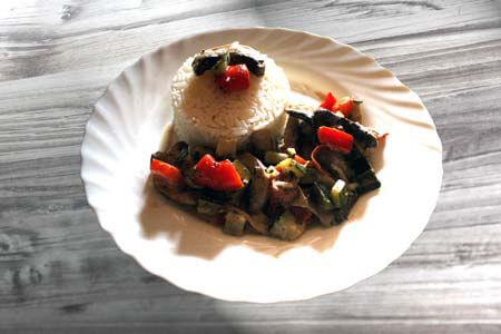 Foto zum Rezept: Gemüsepfanne, vegetarisch aus www.martinas-lieblingsrezepte.de