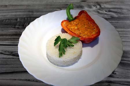 Foto zum Rezept: Paprika mit Käsefüllung auf www.martinas-lieblingsrezepte.de