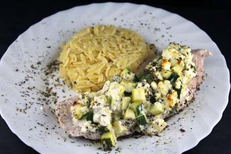 Foto zum Rezept: Mediterrane Putenschnitzel aus dem Ofen auf www.martinas-lieblingsrezepte.de