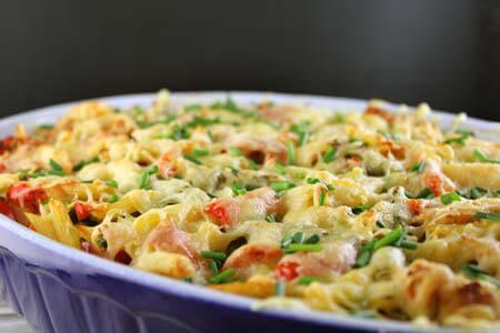 Foto zum Rezept: Bunter Gemüse-Hähnchenauflauf auf www.martinas-lieblingsrezepte.de