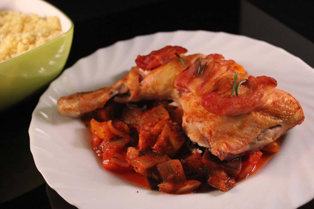 Foto zum Rezept: Provenzalische Hähnchenkeulen mit Couscous auf www.martinas-lieblingsrezepte.de