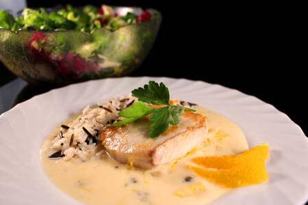Foto zum Rezept: Kabeljau mit einer grünen Pfeffer-Orangensauce und Wildreis auf www.martinas-lieblingsrezepte.de