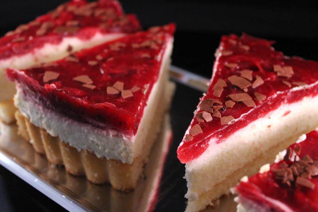 Foto zum Rezept: Rote Grütze Kuchen auf www.martinas-lieblingsrezepte.de