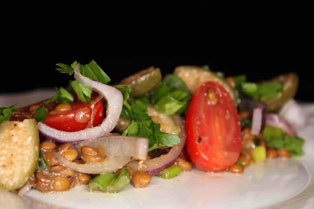 Foto zum Rezept: Linsensalat mediterran auf www.martinas-lieblingsrezepte.de